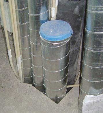 Kuva 66. Ilmanvaihto-, vesi- ja sähköputkitusten läpivienti välipohjasta.